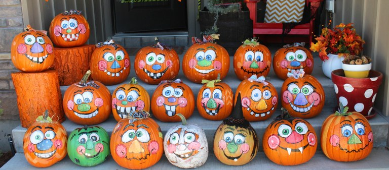 painted-pumpkins-with-goofy-faces.jpg